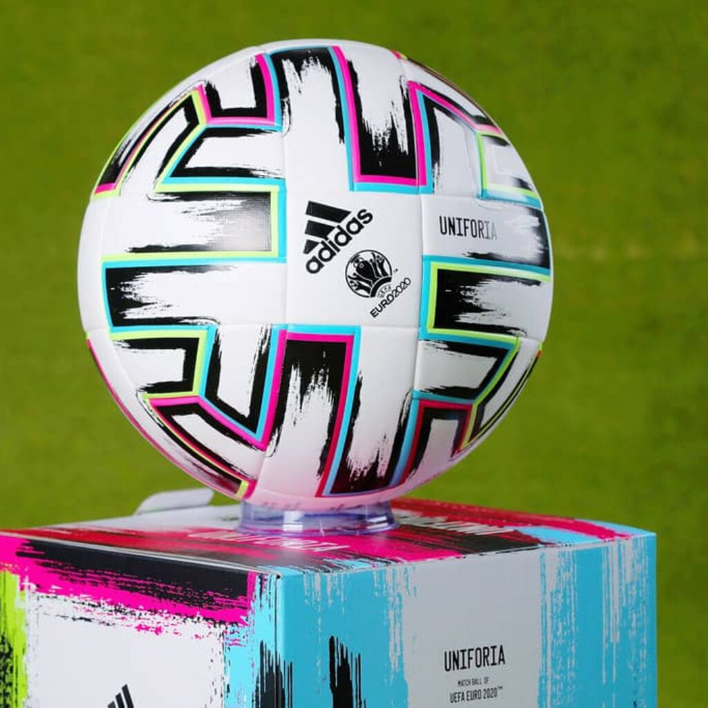 Euro 2021: 3. mecz 1/8 finału już od 1180 zł! (przelot+bilet na mecz+nocleg)